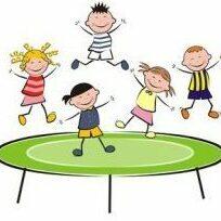 Kinder_jumping